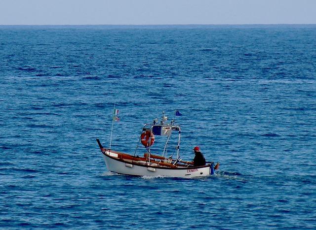 sea 2912904 640